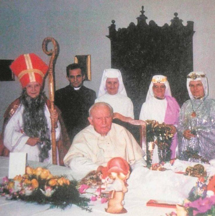 Jan Paweł II i Mikołaj